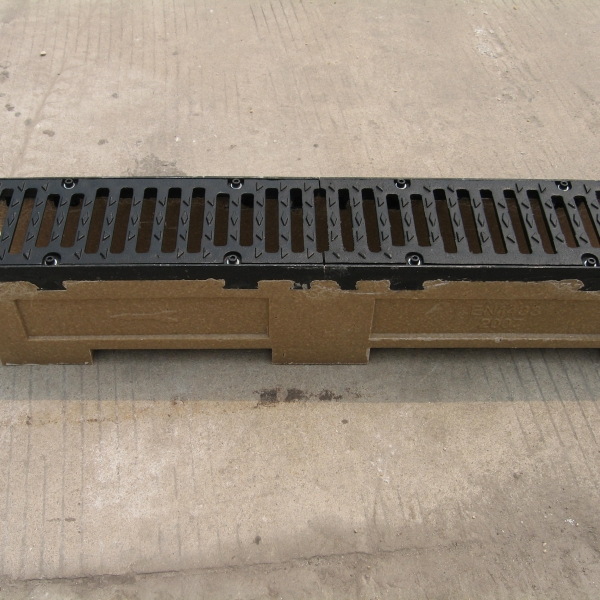 U-shaped polyseter resin concrete drainage channel